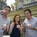 Harry Potter Stars Visit Diagon Alley 5